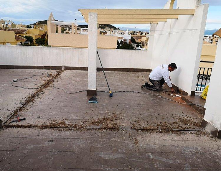 Impermeabilizaciones / Waterproofing: terrazas y fachadas